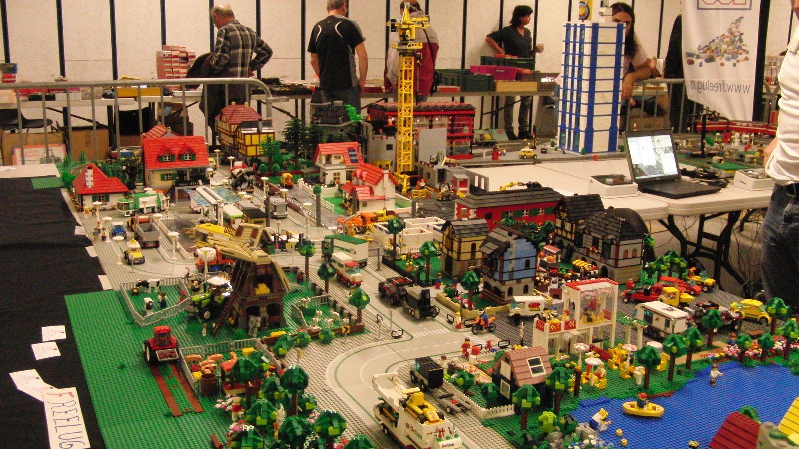 La Plus Grande Ville Du Monde En Lego